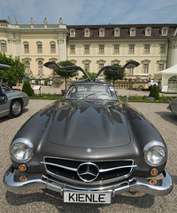 300SL gullwing in front of Ludwigsburg palace