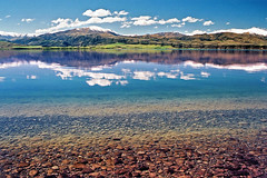 Clarity (Daniel Murray (southnz)) Tags: newzealand lake reflection water rural landscape scenery hydro nz southisland aviemore waitaki abigfave superaplus aplusphoto southnz eos50escanfromprint