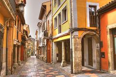 Barrio de Sabugo (marathoniano) Tags: street city travel espaa architecture landscape calle spain arquitectura village asturias espagne barrio avils sabugo asturies marathoniano aplusphoto