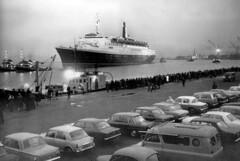 QE2 passing Greenock 1968 (edowds) Tags: cruise people scotland riverclyde greenock ship crowd 1968 shipyard cunard qe2 liner clydebank johnbrown inverclyde maidenvoyage q4 princespier