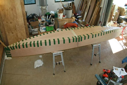 Super fast assembly of a plywood canoe using Duct Tape.  Build in 5 1/2 hours