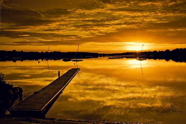 Golden-Examples-Of-Sunrise-Photos-And-Pictures