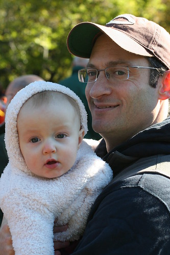 Dad and daughter at the marathon