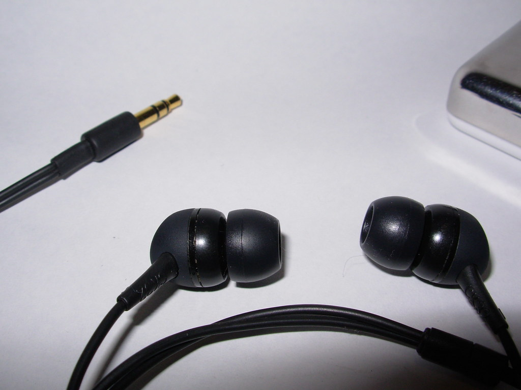 Audio Technica ATH-CK 32