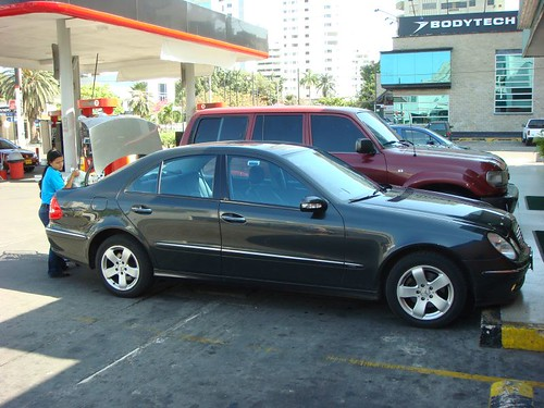 Shopping in Cartagenas in Janet's Mercedes E 320...Great stuff!