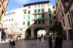 Calle Forn del Rac (diwan) Tags: street city espaa canon geotagged eos spain place fisheye mallorca 2009 spanien palmademallorca balearicislands islasbaleares canoneos450d geo:lon=2651488 geo:lat=39570959