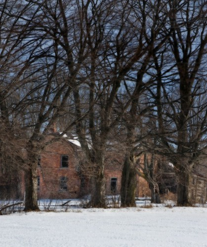 Orillia - Abandoned Farmhouse