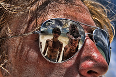 Boys at White Beach, Boracay (maciej.ka) Tags: ocean white reflection beach palms glasses cool sand asia paradise philippines union dream beachlife insel western tropic boracay isle daydream tropics visayas malay philipines equator paradiseisland pilipinas palay isola sueno le whitebeach aklan traum blueocean songe desiderio dreambeach insula thevisayas coolphoto malayaklan aklanphilipines boracayphilipines