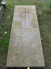 Rem 83 (Philip Snow) Tags: grave c lewis s clive staples
