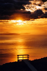 Sunrise over Foveaux Strait (Daniel Murray (southnz)) Tags: ocean sea newzealand sunrise trekking landscape coast scenery track hiking nz boardwalk southisland tramping strait humpridge foveaux southnz eos50escanfromprint