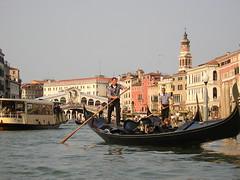 Venice_38.jpg (avsfan1321) Tags: venice italy rialtobridge water boat canal unesco gondola grandcanal pontedirialto