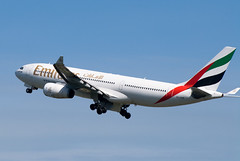 Emirates A330-243 A6-EKW