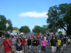 So many people (Lynne A Nelson Photography) Tags: mnstatefair