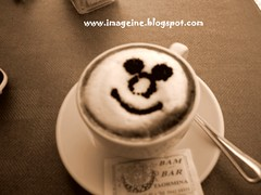 Don't worry. Be happy. (appleblueberry) Tags: travel face breakfast bar happy italian italia photos images dont smiley be worry bam capucino