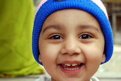 Happppy (remudada) Tags: portrait cute smile children lovely nikonstunninggallery