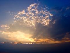 (quedubonheur120) Tags: sunset ciel nuage couchdesoleil