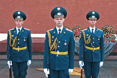 Say cheese! (shutterBRI) Tags: travel canon soldier photography three photo uniform russia moscow military tomb guard powershot soldiers uniforms guards unknownsoldier kremlin 2007 honorguard a630 mockba shutterbri brianutesch brianuteschphotography