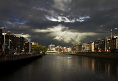 Clouds over Dublin (Collin Key) Tags: ireland dublin irland liffey irl ire bailethacliath collinkey redmatrix bestcapturesaoi