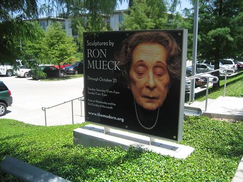 mueck signage