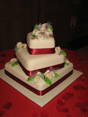 wedding cake by mum
