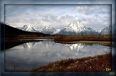 1033 Grand Tetons, Oxbowbend, Wyoming, USA (-salzherz-) Tags: fab usa mountains reflections landscape ilovenature grand wyoming tetons soe picnik smrgsbord themoulinrouge naturesfinest oxbowbend rolleiflexsl35e golddragon mywinners abigfave onlyyourbestshots diamondclassphotographer megashot ysplix theunforgettablepictures naturewatcher platinumheartaward betterthangood thegardenofzen vanagram salzherz mygearandmepremium mygearandmebronze mygearandmesilver