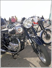 Classic BSA on the seafront at Brighton, UK (Trilllion) Tags: brighton vespa motorcycles bikes lambretta triumph scooters a7 rockers bsa trikes acecafe classicbike brightonburnup startwin rockersreunion