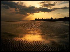 Late Summer (Shima Hitotsu) Tags: sunset sea sky italy clouds landscape twilight darkness grado veneziagiulia blueribbonwinner 25faves anawesomeshot impressedbeauty aplusphoto diamondclassphotographer flickrdiamond theperfectphotographer thegardenofzen thegoldendreams explore25sep2007