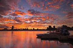 9/30 Dadaocheng Wharf (Locar XD) Tags: sunset black canon eos card wharf  cpl 30d photooftheday dadaocheng locar    nd8 t124  aplusphoto diamondclassphotographer superhearts 30sep2007
