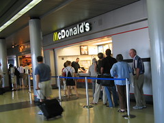 IL - Chicago O'Hare Terminal 3 III (McDone) Tags: usa chicago america restaurant airport mcdonalds ohare storefronts ord mcdo