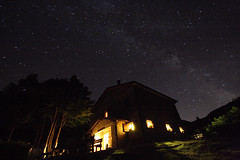 Rifugio Bargetana - Ligonchio (RE) - notte stellata [Starry night in Ligonchio] (ecatoncheires) Tags: longexposure italy night stars landscape interestingness nightshot sigma emilia explore creativecommons 1020mm tagyoureit reggio reggioemilia stelle milkyway explored vialattea reggioemiliaitaly fiveflickrfavs ecatoncheires