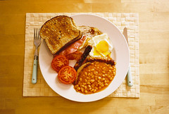 home made full english (lomokev) Tags: food breakfast tomato bacon beans nikon egg sausage friedegg fryup 35ti nikon35ti fullenglish breaky file:name=070730nikon35ti07
