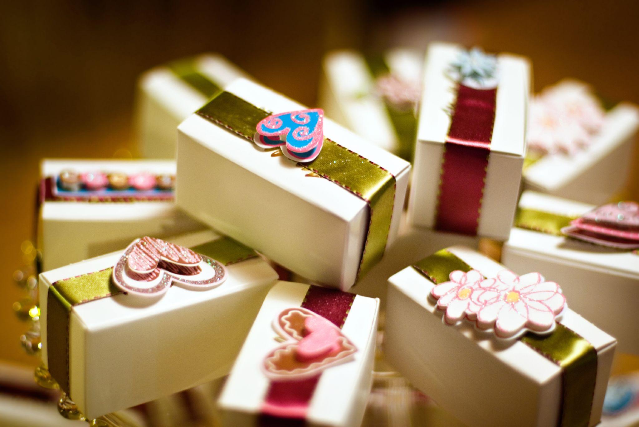 Unique Wedding Return Gifts : ?????] [????????] [????? ...