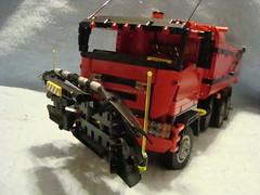 ISUZU Dump Truck With Snow Plow