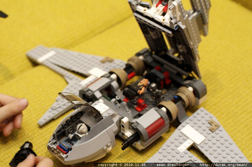 interior detail of lego star wars emperor palpatine's shuttle - MG 1748.JPG