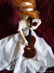 The cellist (RasputinaMorgenstern) Tags: victorian lola marleen cello bjd msd dz cellist violoncello dollzone