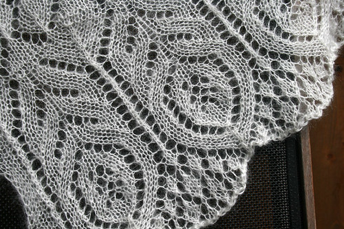 Alcazar shawl - edge lace