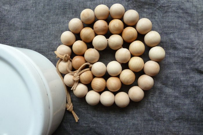 wood bead trivets DIY