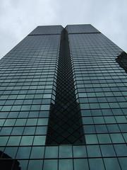 nape of 333 (crowbert) Tags: chicago reflection green glass skyline skyscraper loop steel theloop kph nape 333wwacker kohnpedersonfox