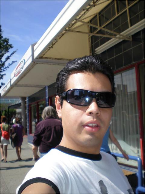 Yo en Vancouver by GAAC