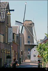 NL/Culemborg/Mill (oopsfotos.nl) Tags: old summer holland mill netherlands thenetherlands center r1 oop mediaeval touristique culemborg typicaldutch dutchscenery