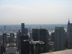 Skyscrapers (cariberry) Tags: newyorkcity newyork buildings skyscrapers manhattan rockefellercenter august topoftherock 30rock 2007 observationdeck gebuilding