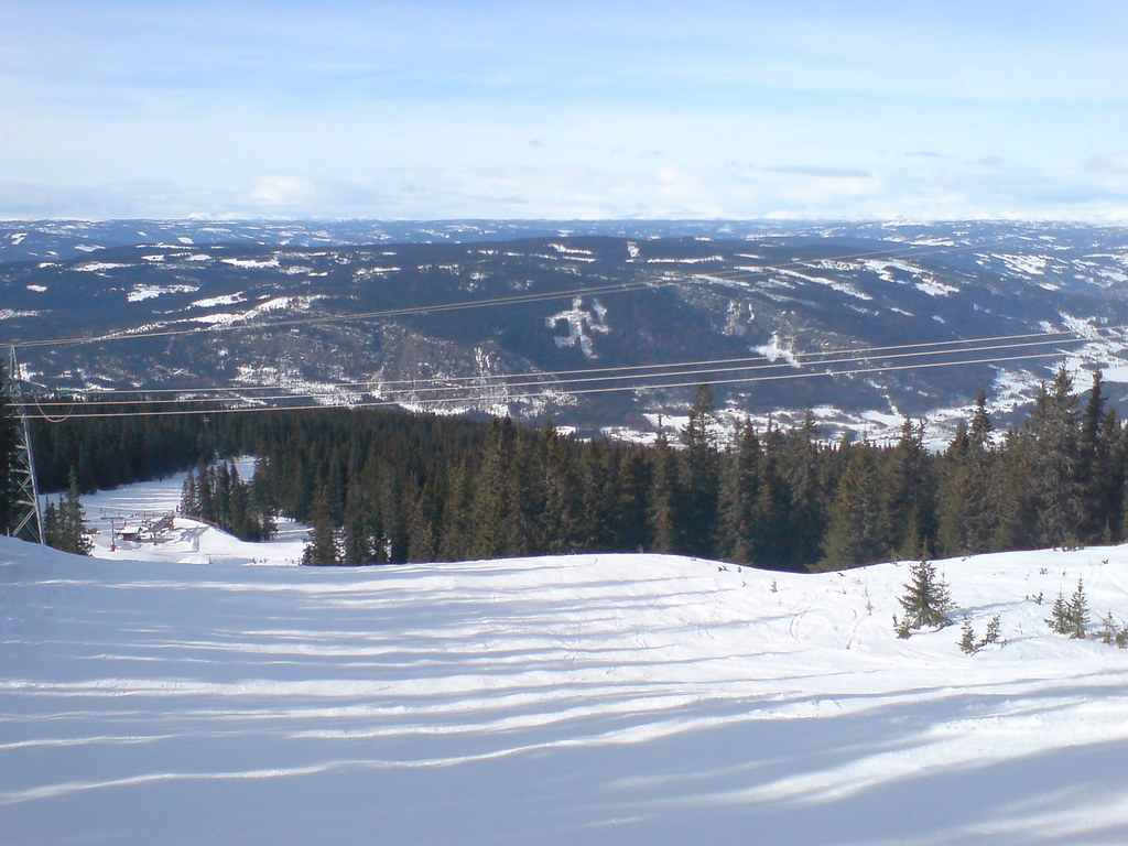 Ski slope near the top of Hafjell