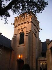 Episcopalian English Gothic style Church Jacksonville FL (axollot) Tags: church catholic florida gothic jacksonville frenchgothic catholicchurches jacksonvilleflorida englishgothic