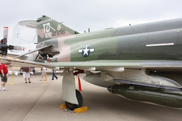 EAA10_F-4E_72