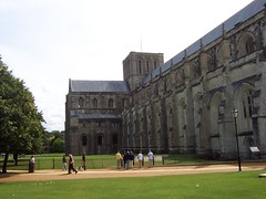 Winchester Cathedral (crwilliams) Tags: hampshire winchester date:year=2005 date:month=august date:day=26 date:wday=friday date:hour=11