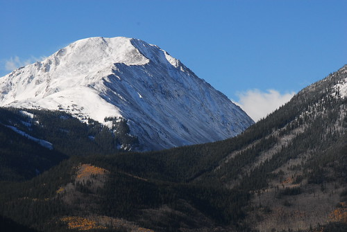 Twin Lakes, Colorado :: Snowy Peak with last fall color of Aspen trees