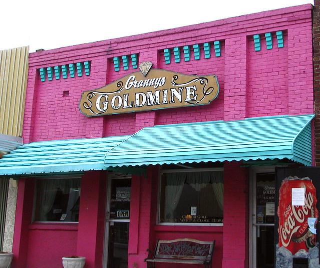 Granny's Goldmine - Smithville, TN