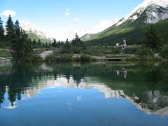Miror on Ink pots lakes (ylarrivee) Tags: vacation alberta 2007