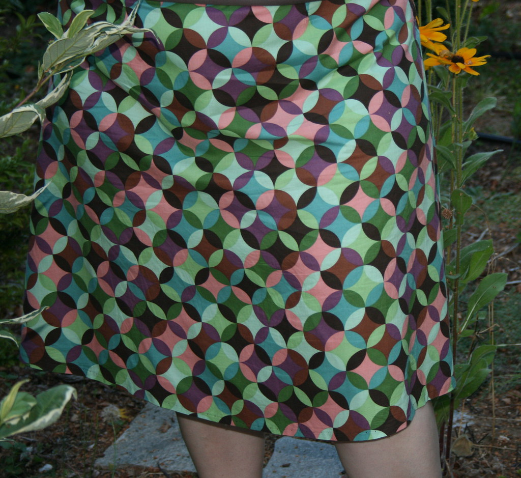 957725465 ffdc1eb001 b BOOK REVIEW: Sew What! Skirts
