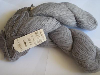 Magpie - grey